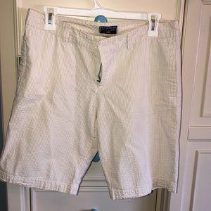 Polo RL  tan/beige and white seer sucker shorts